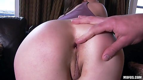 Intimate close up ass fingering and wet and happy blowjob Samantha Bentley