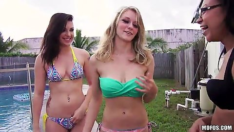 Bikini college spring break girls Rachael Madori and Alli Rae having some fun in pool