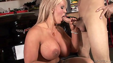 Big tits milf doing wet blowjob Alura Jenson
