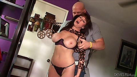 Nasty cougar Karen Kougar deos a sucking