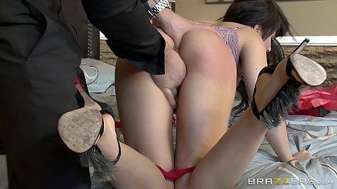 Slut sucks finger after its been in her asshole