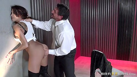 Fingering milf Kayla Carrera while standing up against a well