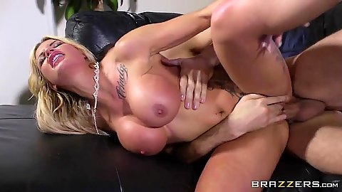 Sideways porn star Candy Sexton penetration with cam fun