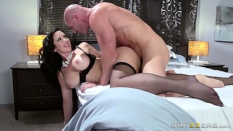 Stockings milf entry with brunette Jayden Jaymes