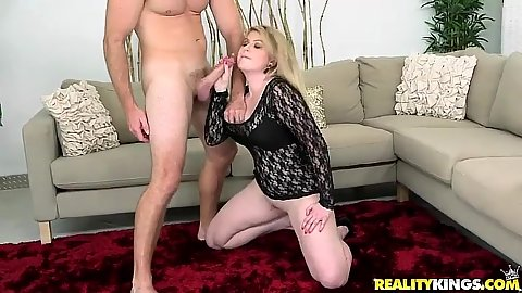 Great milf with no underwear blowjob Daisy and fingered doggy style