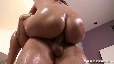 In the air oil fuck from horny latina Missy Martinez