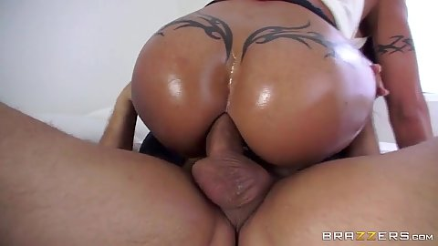 Round ass oiled up Jewels Jade anal sex and ass to mouth