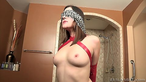 Blind folded and bondaged up milf Sovereign Syre gets used