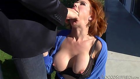Bimbo Veronica Avluv outdoors mouth fisting and blowjob fully clothed