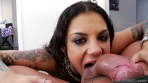 Sucking balls and a blowjob with exposed Bonnie Rotten
