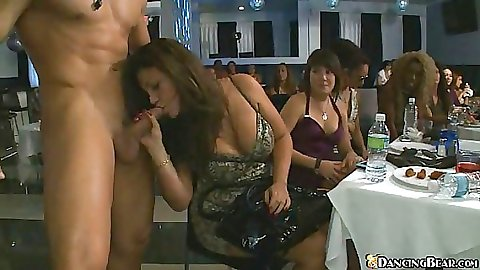 Durnk chicks decide to put that cock into their mouths