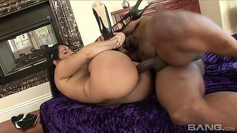 Silly latina pounded stilling wearing her heel Isis Love