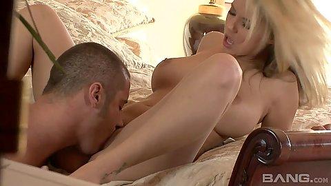 Super cute blondie Ashlynn Brooke receives cunnilingus and then sits on rod