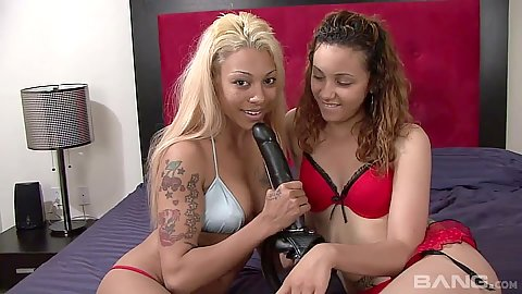 Sucking some dildos with girl on girl play from bras and panties Diamond Princesex and Vikki