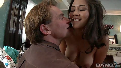 Insatiable asian slut Jessica Bangkok with large breasts fingered