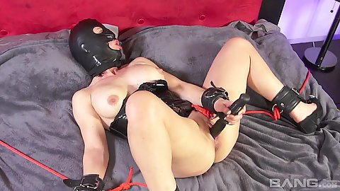 Blowjob with fetish bdsm home made whore Miss Trixie