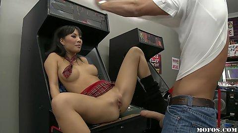Sexy asian bimbo fucked on the arcade