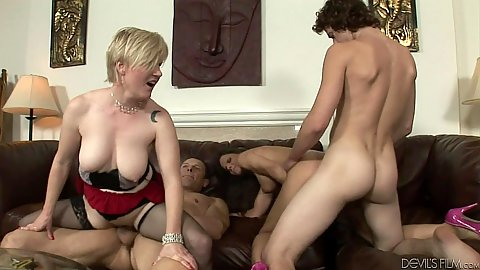 Wife swapping and great swingers party with Madeline Hunter and Syren De Mer and Kelly Taylor