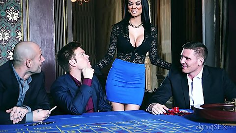 Casino sex break with erotic whores Chloe Lacourt