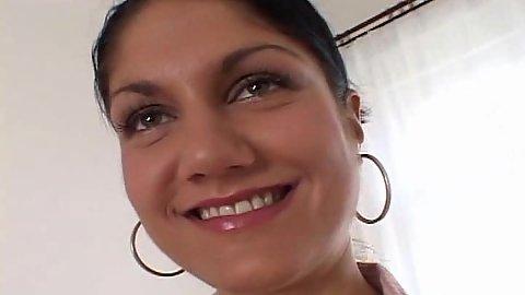 Smiling brunette in nasty basement sextape