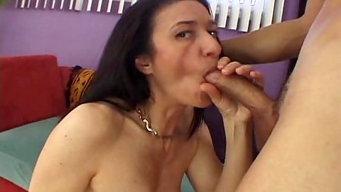 40 year old mature woman Gina Rome with really hairy beaver head and fuck