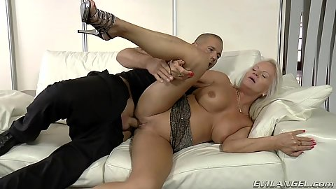Anal cock insertion with ass fucked milf Shery
