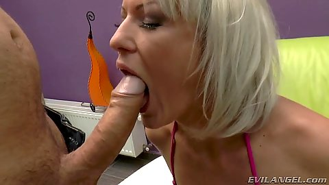 Wild blonde milf Vanessa Moore sucking dick with anal drilling later