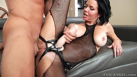 Fucking a milf with attached strap on Veronica Avluv