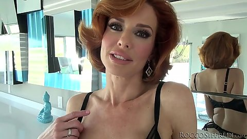Redhead class milf posing in great lingerie Veronica Avluv
