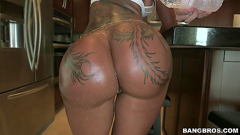 Tanned tattoo ass Bella Bellz with great shaved behind
