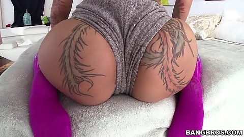 Sensual hot pants tattoo ass chick twerking her booty Bella Bellz