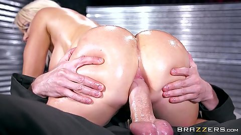 Ass grinding anal hardcore from oiled up Nikki Delano