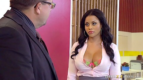 Fully clothed latina babe Mary Jean at the office