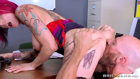 Passionate office fucking with Anna Bell Peaks