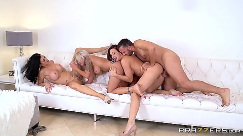 Refined girls pleasing keiran Jasmine Jae and Nina Elle and Chanel Preston
