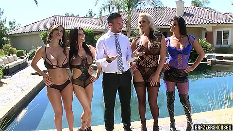 Lingerie posing girls and fucking in house sex challenge outdoors
