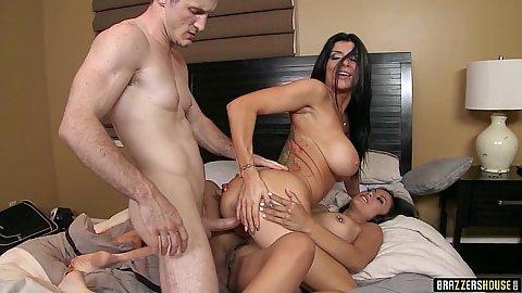 Attractive slut threesome bedroom fuck