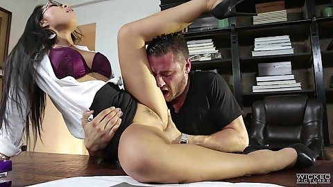 Engaged in sexual act asian office worker Asa Akira