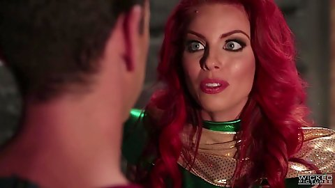 Redhead batman parody blowjob with Britney Amber in costume