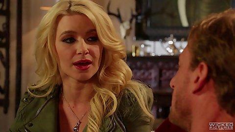 Blonde babe Anikka Albrite hairy pussy cunnilingus