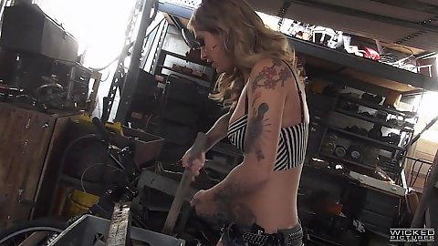 Blonde inked skinny chick Kleio Valentien doing some cleaning