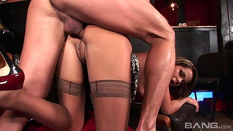 Beautiful girl from Prague Federica Hill having anal sex at the bar