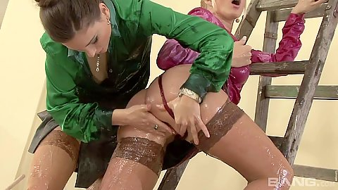Fresh fingering and oiled up messy gonzo living room sex with Esmeralda and Jessica Fiorentino