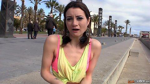 College cutie Valentina Bianco shows her deep throat impression in public
