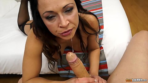 Delicious cock sucking and a titty fuck with sloppy sucker Sara May