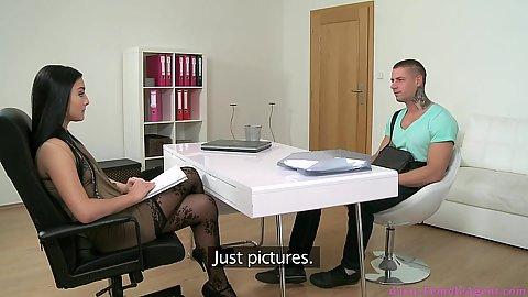 Shameless female agent Vanessa needs the man to get naked
