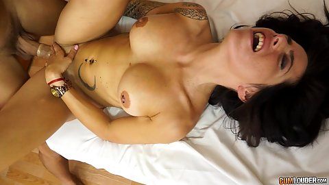 Great body Esmeralda front pussy filling