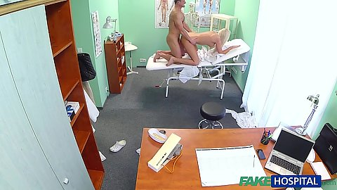 Overwhelming doctors office sex with busty blond eKarol Dominica