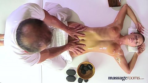 21 year old sex Crissy is a fitness instructor getting oil massage