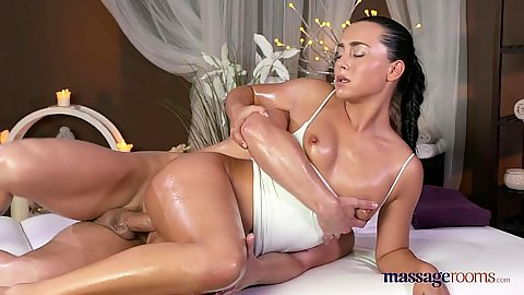 Intense female masseuse drilling covered in oil Anna Rose